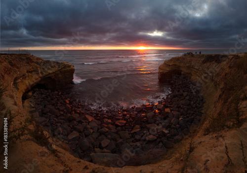Fotobehang Zee zonsondergang Sunset Beach Dramatic Sunset Panorama