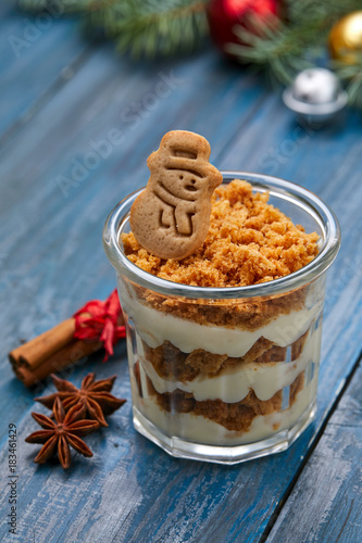 Sticker Christmas dessert with cinnamon