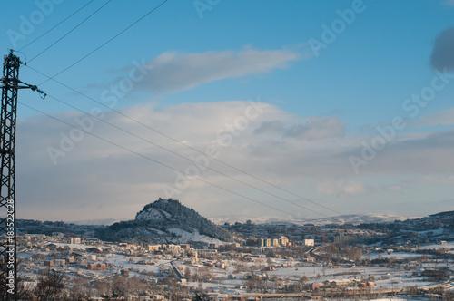 Foto op Canvas Donkergrijs vista sui monti di campobasso innevata