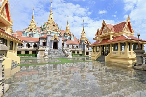 Foto op Canvas Bangkok The temple building.