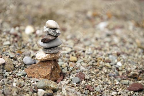 Papiers peints Zen pierres a sable torre di pietre zen equilibrio