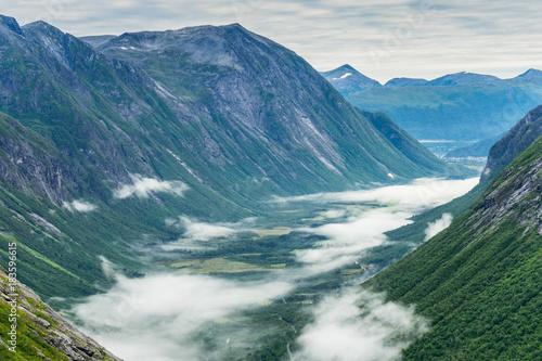 Fotobehang Blauwe jeans norway mountains