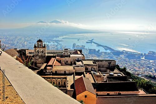 Aluminium Napoli, veduta della Certosa, del porto e del Vesuvio.