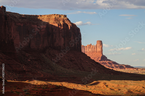 Tuinposter Bruin Monument Valley at Sunset