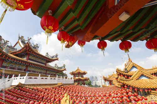 Tuinposter Kuala Lumpur The Thean Hou Temple is a 6-tiered temple to the Chinese sea goddess Mazu located in Kuala Lumpur, Malaysia.