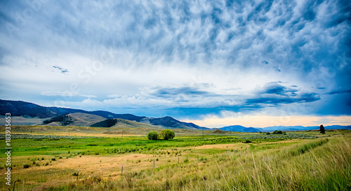 Wall mural vast scenic montana state landscapes and nature