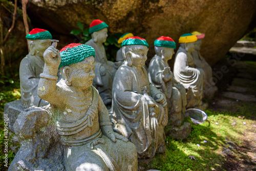 Foto op Aluminium Boeddha Stone buddha in garden