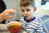 Children have to learn to eat  by themselves - 184071012