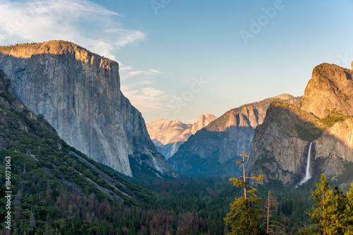 Keuken foto achterwand Blauwe hemel Yosemite National Park Valley summer landscape