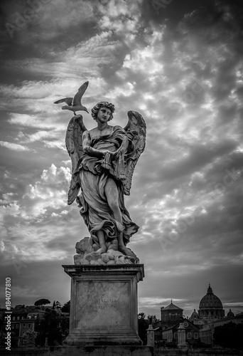 Tuinposter Rome Sculpture of angel with Veronica's Veil, Sant'Angelo bridge, Rome