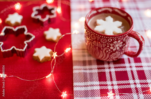 Foto op Canvas Chocolade Hot chocolate and twinkling lights during the holidays