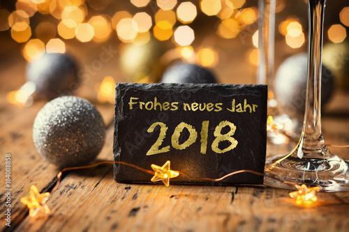 Frohes neues Jahr  -  Grußkarte Neujahr 2018 - 184088858