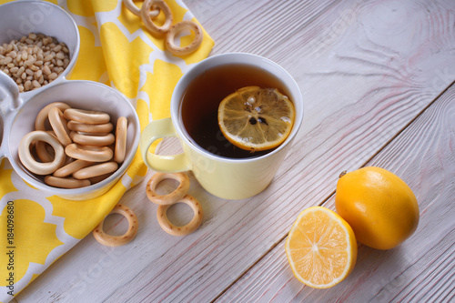 Poster Tea with lemon and driers