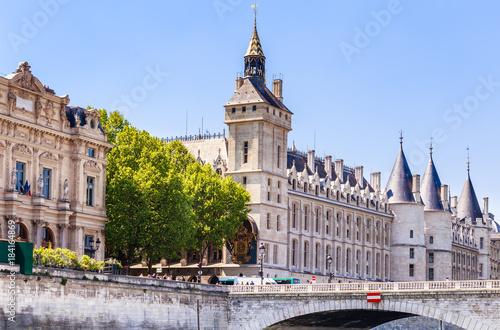 Wall mural  Hotel de Ville (City Hall) and Castle Conciergerie. Pont au Change. Paris, France.
