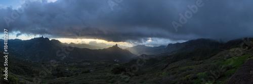 Plexiglas Zwart Landschaft Panorama von Gran Canaria mit Roque Bentayga