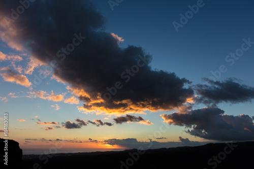 Plexiglas Zonsopgang Himmel mit Wolken bei Sonnenaufgang
