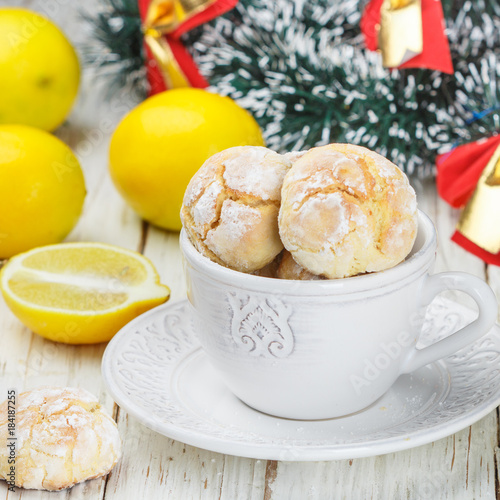 Poster Lemon cookies with powdered sugar