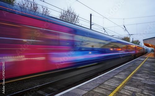 Prędkość pociągu na Great Western Mainline z Londynu