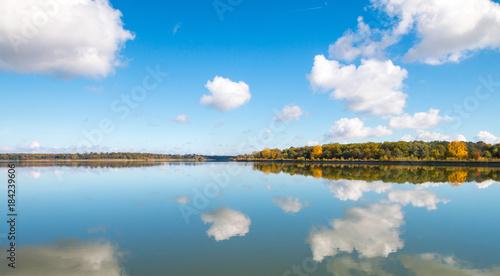 Foto op Canvas Pool Lake landscape, mirroring