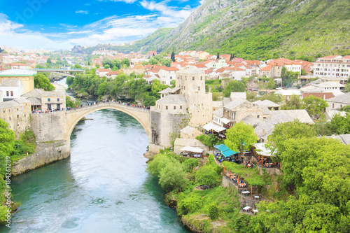 Plexiglas Bergrivier Beautiful view of the medieval town of Mostar from the Old Bridge in Bosnia and Herzegovina