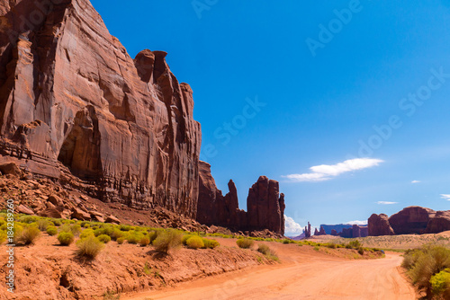 Monument Valley - 184289260