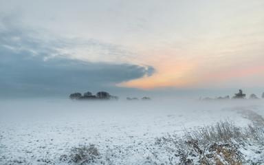 Winter im Teufelsmoor bei Sonnenaufgang