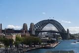 Hafen von Sydney mit der Sydney-Bridge im Hintergrund
