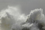Big waves splash - 184403884