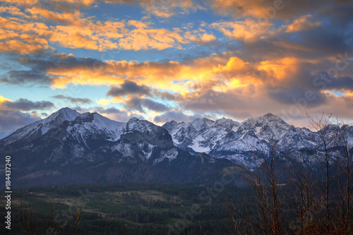 Poster Oceanië Beautiful sunrise over Tatra mountains in winter, Poland