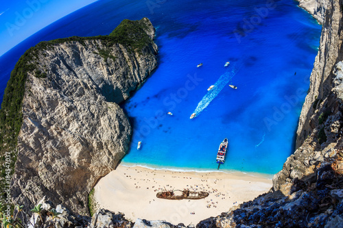 Canvas Donkerblauw Shipwreck beach ( Navagio ) in Zante Zakynthos Greece