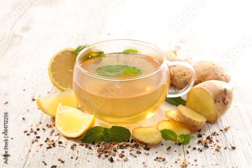 Poster lemon tea with ginger