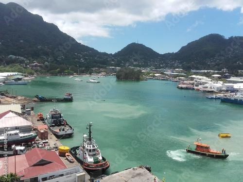 Hafen von Victoria auf den Seychellen