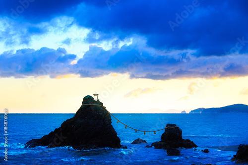Staande foto Donkerblauw 日本 三重県 夫婦岩