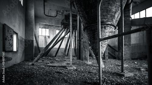 Fotobehang Oude verlaten gebouwen Creepy silo