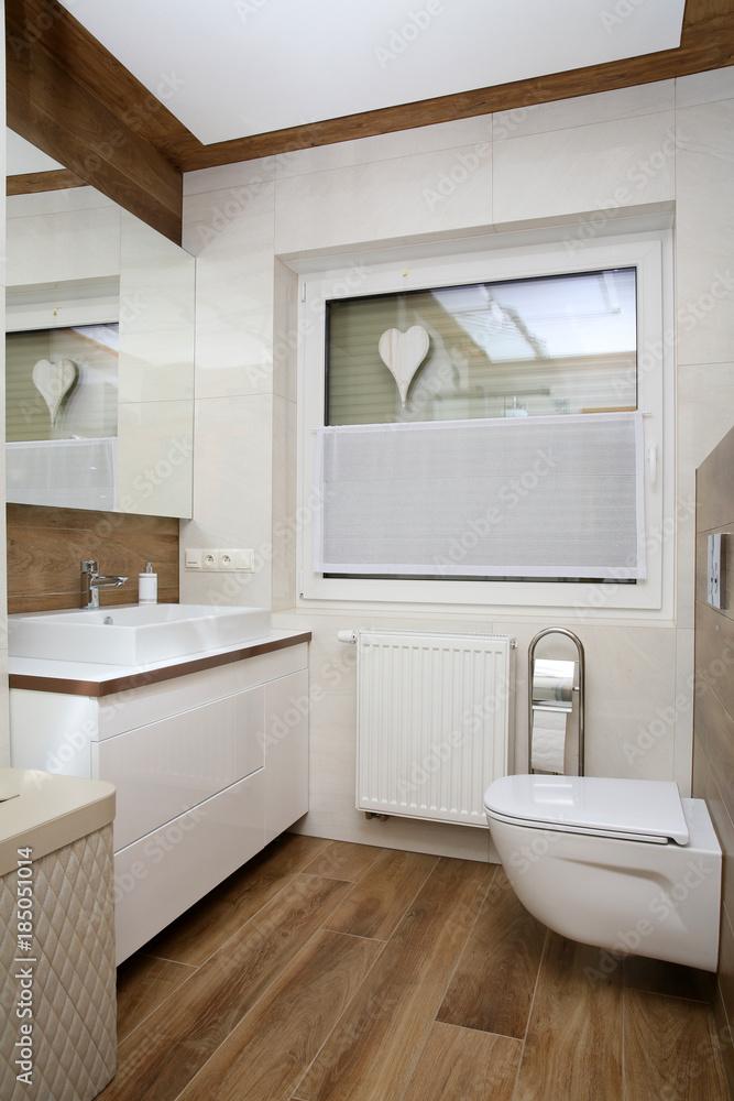 A Small Cosy Bathroom 185051014 Do łazienki Foto Tapety