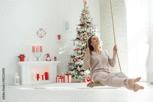 Woman in Christmas  - 185324410