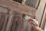 patine peinture porte intérieur décoration maison - 185389022