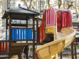 Parque infantil - 185683864