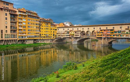 Famous Ponte Vecchio bridge in Florence - 185877047