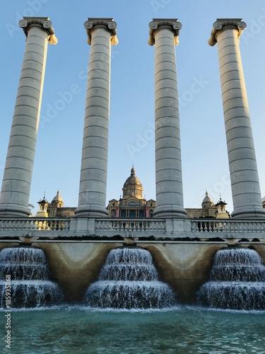 Staande foto Barcelona Columnas