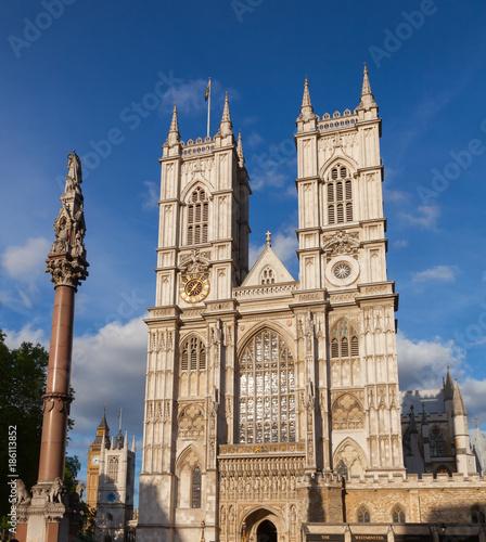 In de dag Londen Westminster Abbey and Column London UK