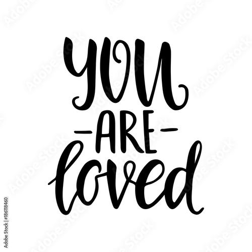 Póster Eres amado
