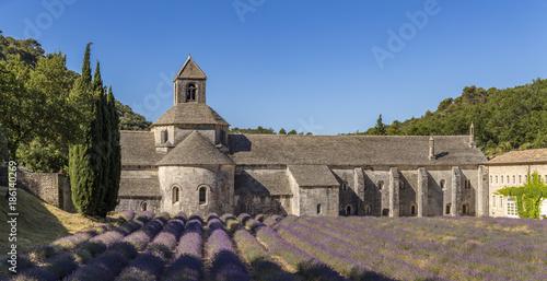 Aluminium Lavendel Champ de lavande devant l'abbaye Notre-Dame-de-Sénanque du XIIe siècle