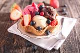 ice cream and berry