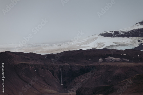 Fotobehang Grijze traf. Isländisches Hochland | Mysteriöse Stimmung