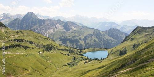 Foto op Canvas Bergen Bergsee Nebelhorn
