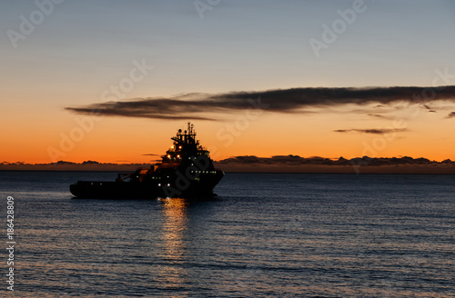 Aluminium Zee zonsondergang Aberdeen anchorage new year day 2018