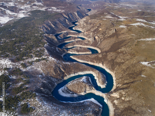 Foto Murales Aerial image of Uvac canyon in Serbia