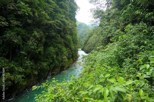 Papiers peints Rivière de la forêt Mountian river in remote China-15