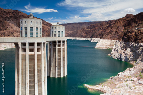 Poster Arizona Hoover Dam Towers on the blue Lake Mead, USA